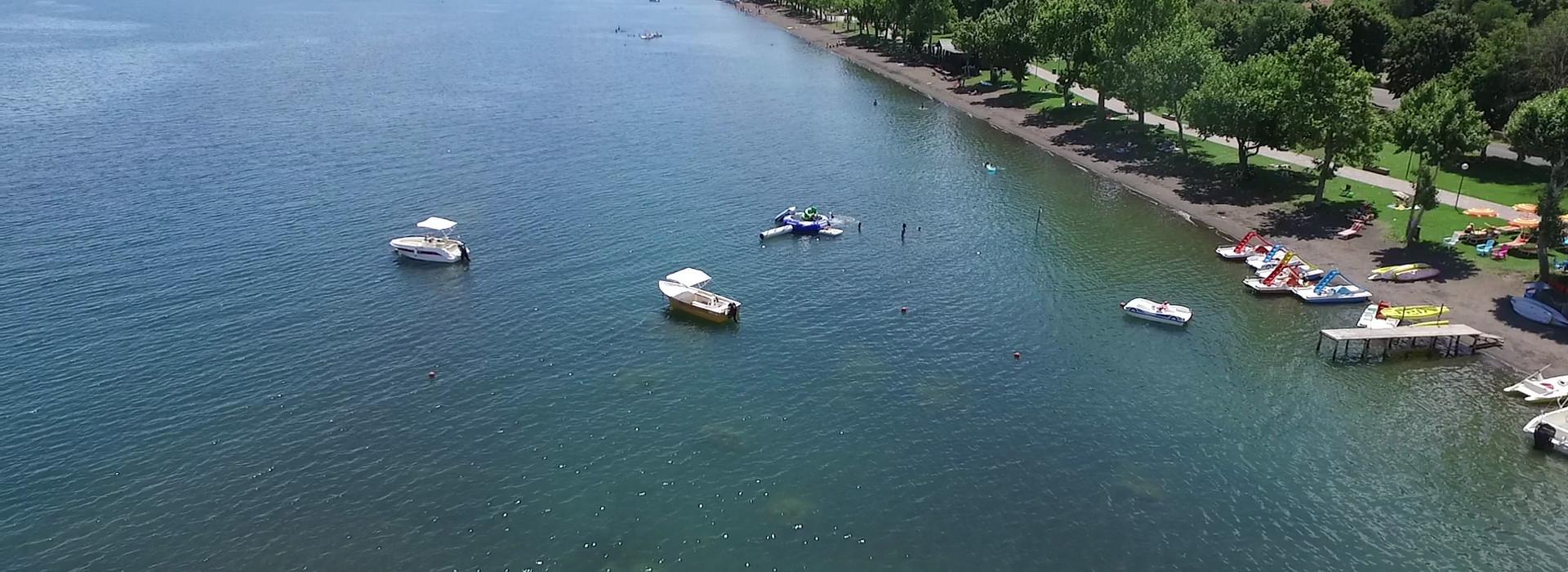 La Bussola boats